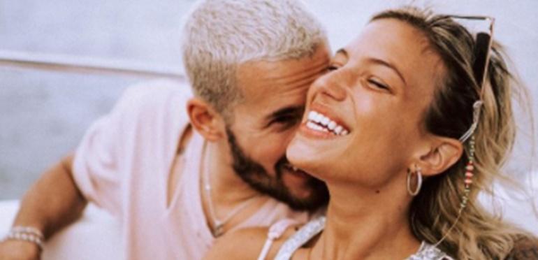 El romántico beso de Ricky Montaner y Stefi Roitman: