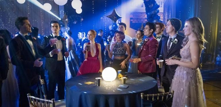Intriga y sospechas en el estreno de la 5° temporada  de Riverdale