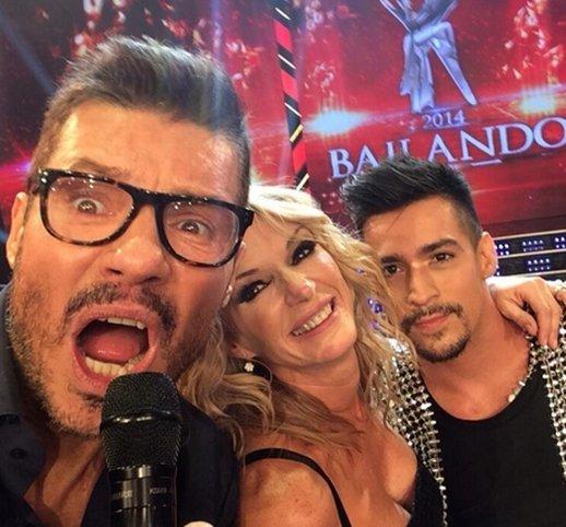 Marcelo tinelli el nuevo abonado a la moda selfie for Autofoto clasicos