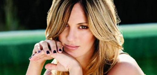 Mir todos los saludos de los famosos a paula chaves por Chimentos dela farandula argentina 2016