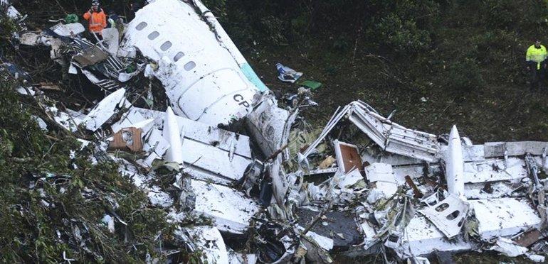 Desgarrador: escuchá el audio del momento previo a que se caiga el avión de Chapecoense