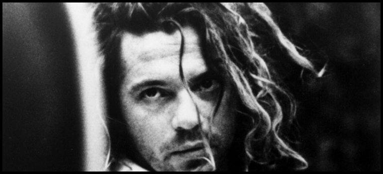 5d1d3f3051000 El cantante de INXS fue hallado muerto el 22 de noviembre de 1997. El  artista se había ahorcado con su propio cinturón