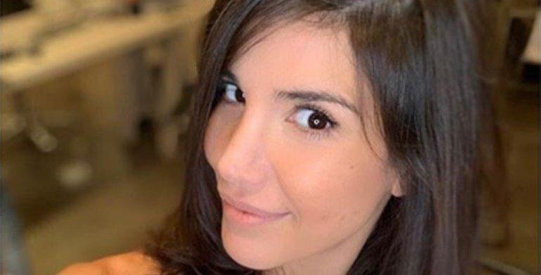 Andrea Rincón se animó a un look canchero