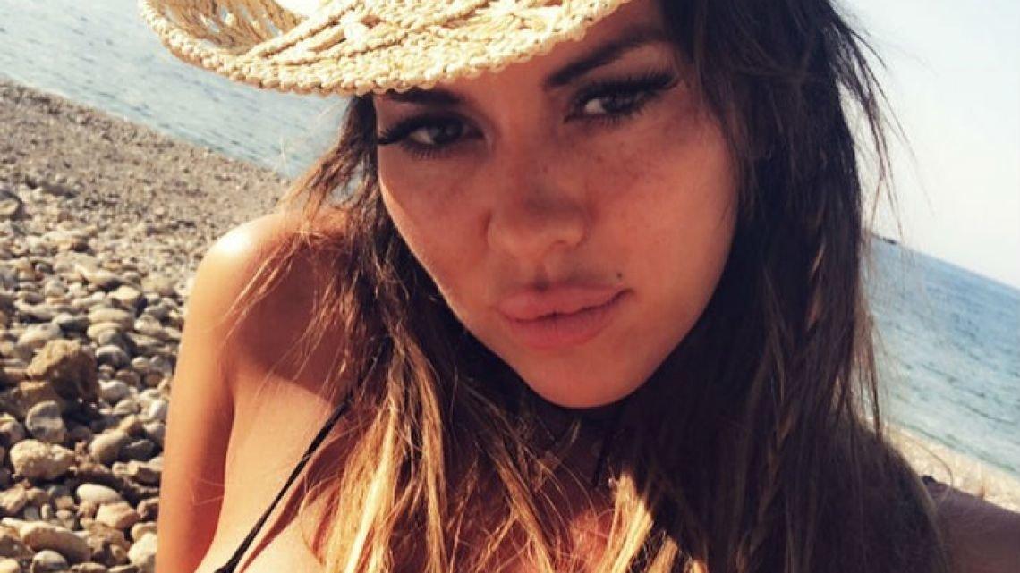 Quiso tener sexo con Karina Jelinek pero no pudo y causó destrozos