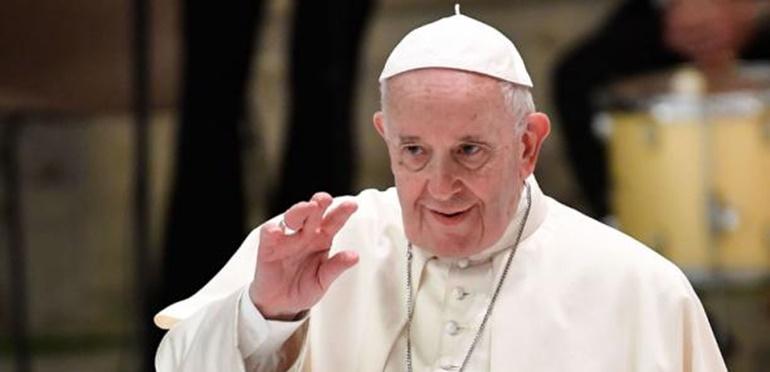 Buena noticia! El Papa Francisco fue vacunado contra el coronavirus